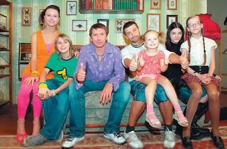 http://papiny-dochki.narod.ru/foto/papiny-dochki-09.jpg